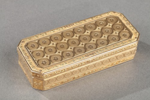 Early 19th century gold snuff-box louis galopin - Objects of Vertu Style Empire