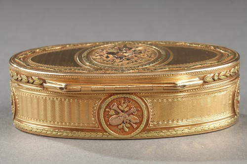18th century - Gold snuff box
