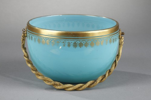 Charles X blue opaline cup. - Restauration - Charles X
