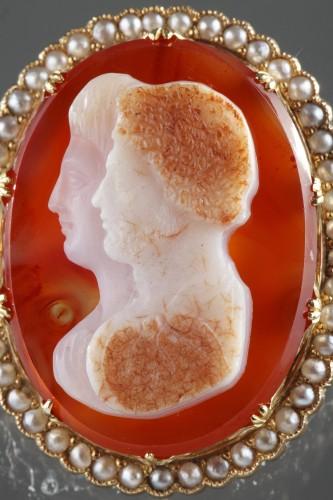 Napoleon III Gold-Mounted Agate Cameo Brooch - Napoléon III