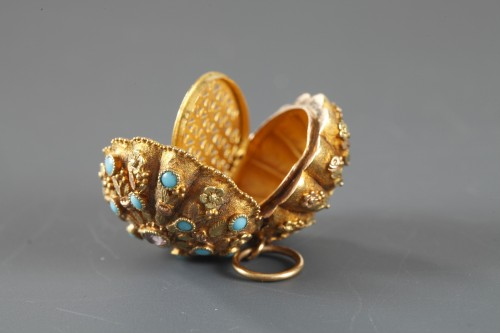 19th century - Early 19th Century Gold,Turquoise and rubis Vinaigrette
