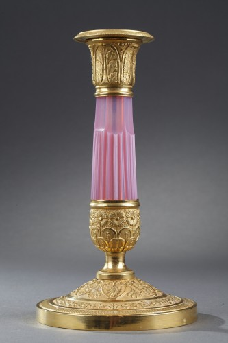 Early 19th century candelstick in gilded bronze and opaline