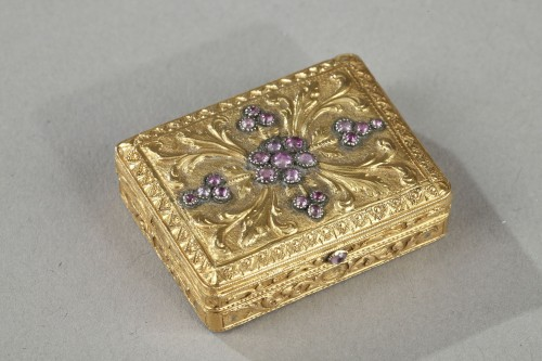 gold vinaigrette with a hinged lid - Objects of Vertu Style Restauration - Charles X
