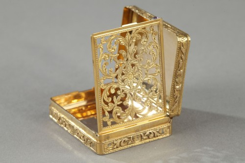 gold vinaigrette with a hinged lid - Restauration - Charles X