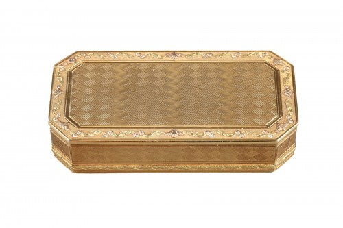 Gold Snuff box Late 18th century