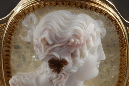 Louis-Philippe - Cameo on agate, gold mounting
