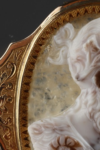 Antiquités - Cameo on agate, gold mounting