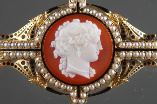 Camée sur agat  Broche or - Antique Jewellery Style Napoléon III