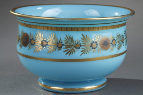 Antiquités - Early 19th Century pair of Blue Opaline Bowls