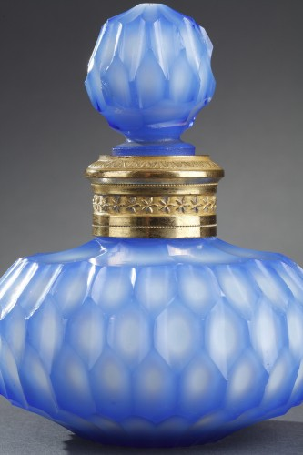 Glass & Crystal  - Flask in Opaline Crystal and Overlay Glass