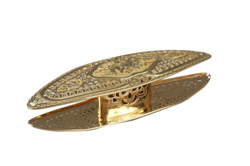 A Louis XV gold knotting shuttle
