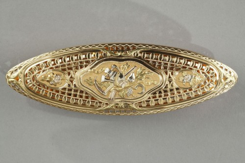18th century - A Louis XV gold knotting shuttle