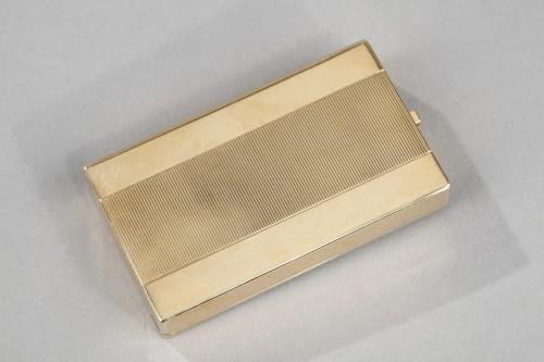 A square gold vanity case box by Cartier - Art Déco