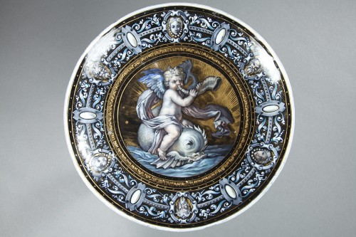 Enamel cup signed Suzanne Estelle apoil Sevres mid 19th century  - Napoléon III
