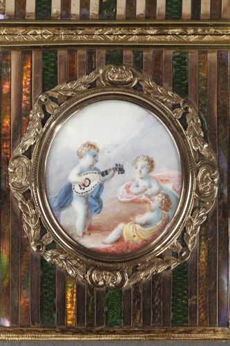 Louis XV - Gold panel and venis Martin writing case. Louis XV period.