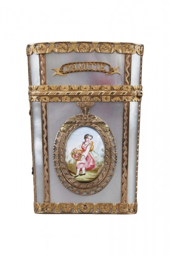 Tablet case in gold with enamel, mother-of-pearl and ivory. 19th Century
