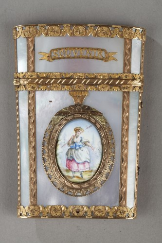 Tablet case in gold with enamel, mother-of-pearl and ivory. 19th Century  -