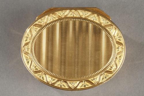 Louis XV important gold secret box. -