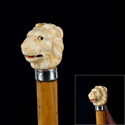 Lion automaton, Cane with a polychrome ivory handle - Collectibles Style