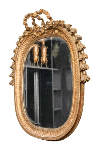 Late 19th century oval mirror
