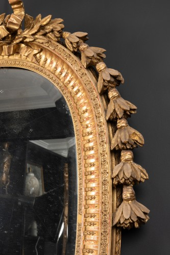 Late 19th century oval mirror -