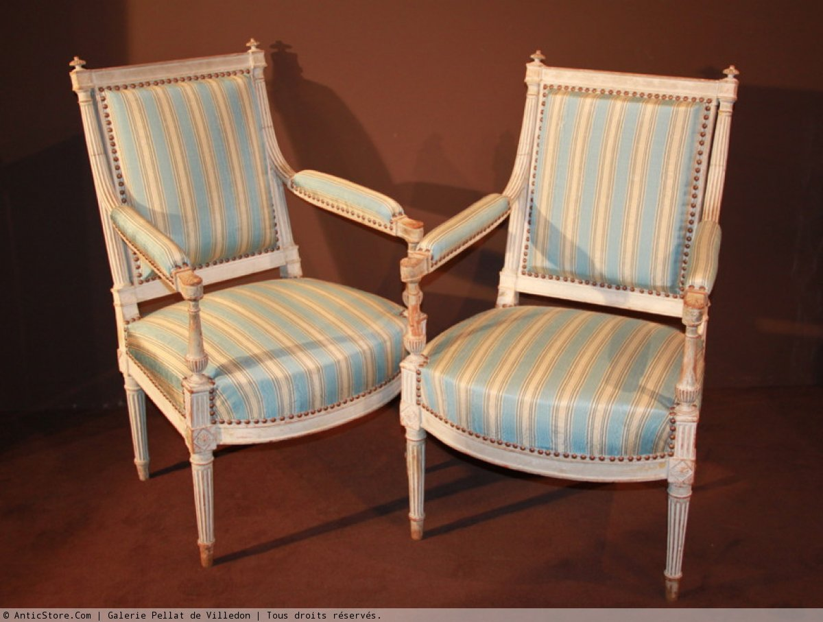 paire de fauteuils la reine epoque louis xvi xviiie si cle. Black Bedroom Furniture Sets. Home Design Ideas