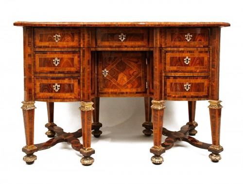 "Bureau said ""Mazarin"" attributed to Thomas Hache"