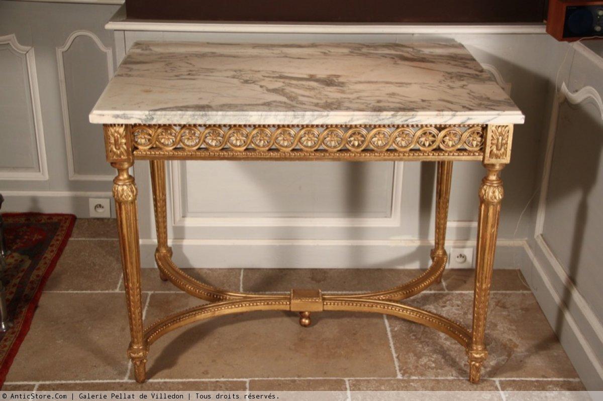 Table de milieu en bois doré et marbreblanc dépoque Louis XVI  XVIIIe s