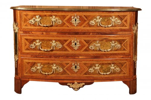 Commode en D attribuée à Thomas Hache