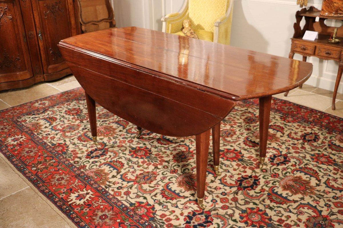 table de salle manger poque louis xvi xviiie si cle. Black Bedroom Furniture Sets. Home Design Ideas