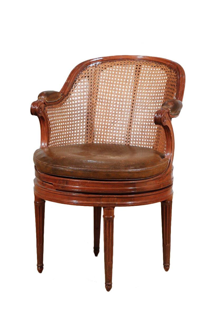 fauteuil tournant en acajou d 39 39 poque louis xvi xviiie. Black Bedroom Furniture Sets. Home Design Ideas