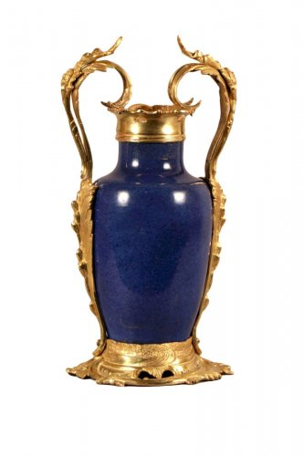 Vase de Chine monté en similor, époque Louis XV
