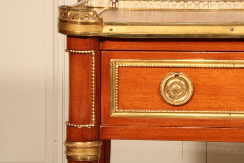 Small Desk With Mechanism Stamped By Georges Kintz - Louis XVI