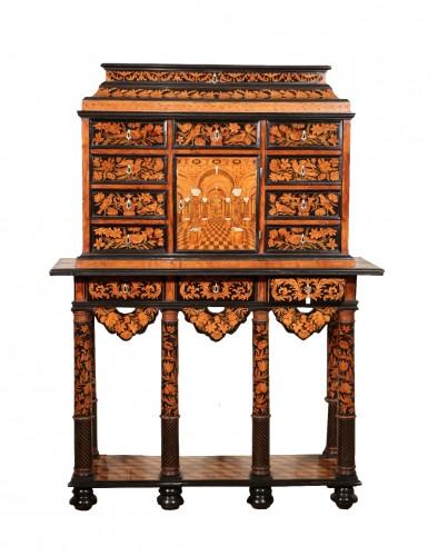Cabinet - 17th century
