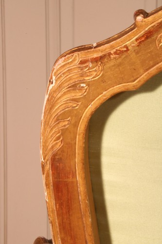 """Louis XV - Set of four """"à la Reine"""" armchairs stamped Tilliard"""