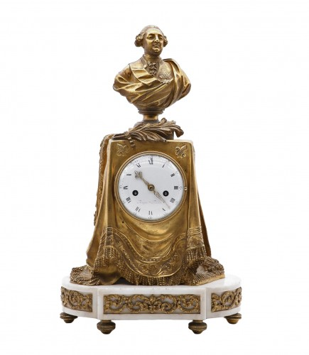 "Clock in gilded bronze and chiseled with the ""palm of memory"""