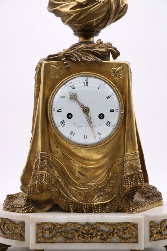"Clock in gilded bronze and chiseled with the ""palm of memory"" - Clocks Style Louis XVI"