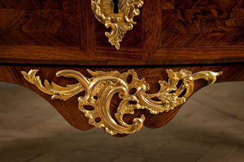 Furniture  -  Commode ordered by Louis XV for the Château de la Muette delivered by Joubert