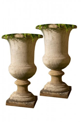 Very important Pair of Medicis vases in carrara marble