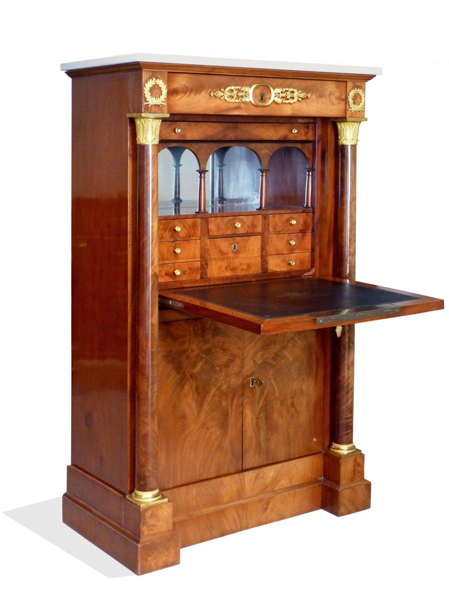 secr taire en armoire d 39 poque empire attribu jacob desmalter xixe si cle. Black Bedroom Furniture Sets. Home Design Ideas