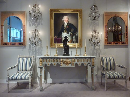 An important gilded and grey painted Louis XVI period console table - Furniture Style Louis XVI