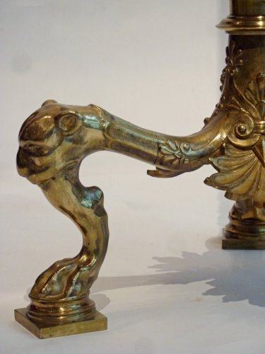 Antiquités - A pair of Pompeian Style Gilt Bronze tripod Floor Lamps, circa 1900