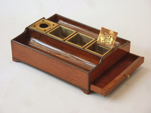 An Empire mahogany and ebony inkstand - Paris circa 1810 - Decorative Objects Style Empire