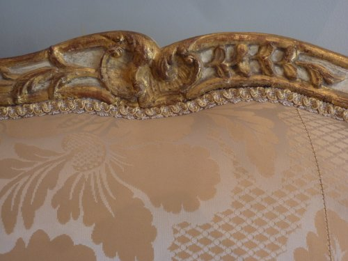 An important gilded and lacquered Louis XV sofa attributed to Louis Cresson - Louis XV
