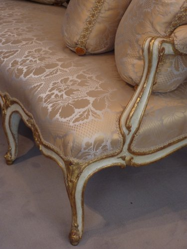 Louis XV - An important gilded and lacquered Louis XV sofa attributed to Louis Cresson