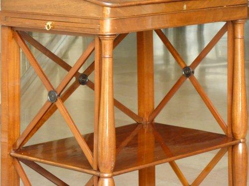 A mahogany standing desk. Paris circa 1820 - Restauration - Charles X