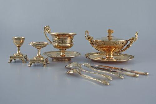 19th century - JBC ODIOT - An empire silver-gilt travelling necessaire - Paris 1809-1819