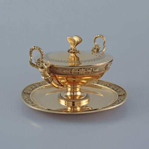 JBC ODIOT - An empire silver-gilt travelling necessaire - Paris 1809-1819 - Empire