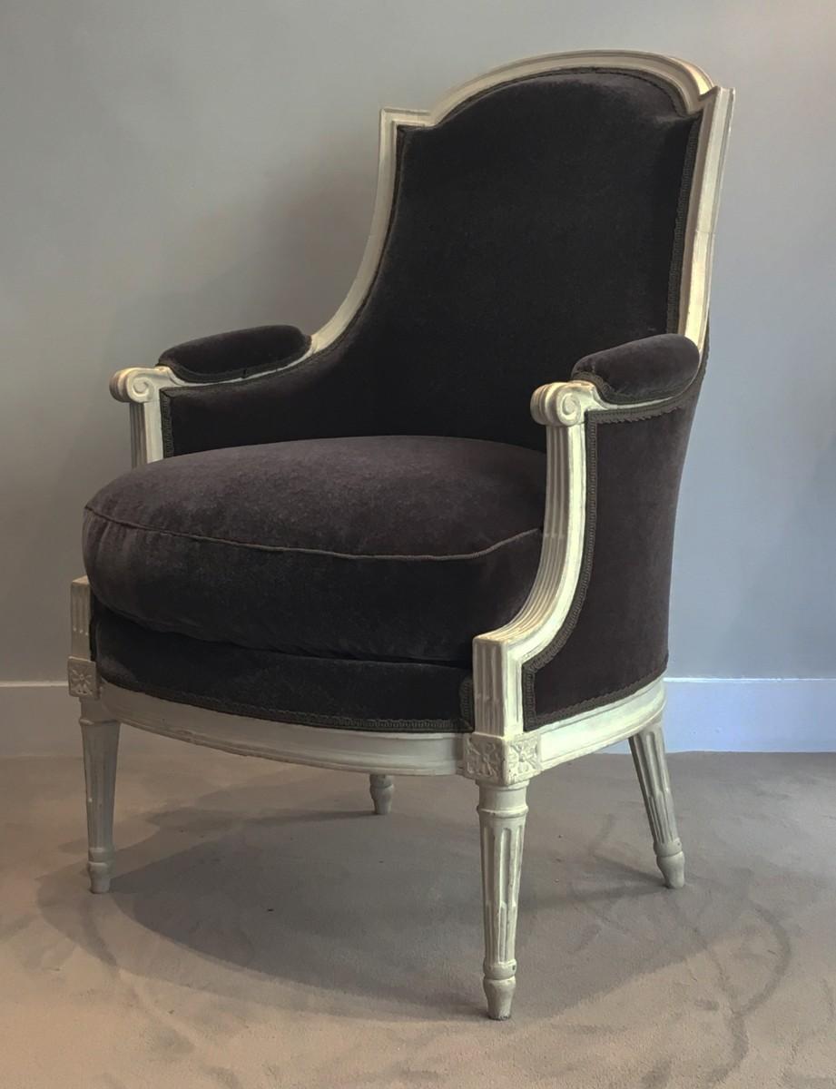 a louis xvi berg re signed dupain paris circa 1785. Black Bedroom Furniture Sets. Home Design Ideas