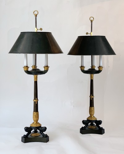 19th century - A pair of Empire gilded and patinated bouillotte lamps